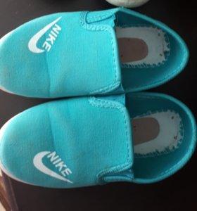 Обувь р 32