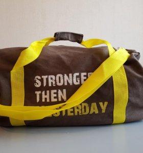 Спортивная сумка Gold's Gym