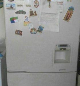 Холодильник Samsung SR-L629EV