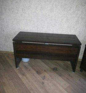 Столик пристенный (консоль)