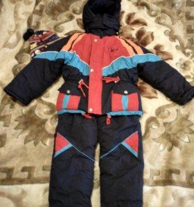 Зимний костюм на мальчика примерно 6 лет