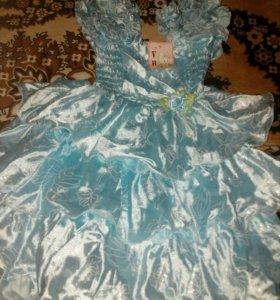 Платье нарядное на девочку.