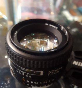 Объектив Nikon Nikkor