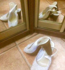 Туфли белые р.37