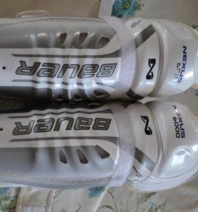 Щитки хоккейные Bauer Nexus 6000 SR