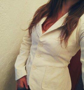 Вельветовый пиджак Zara
