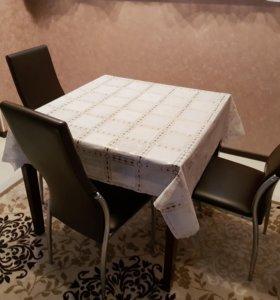 Продам стол и 3 стула.
