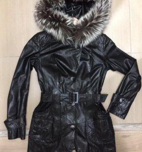 Кожаная женская куртка( демисезон)