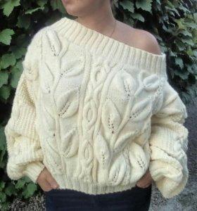 Вязаный свитер, авторская работа