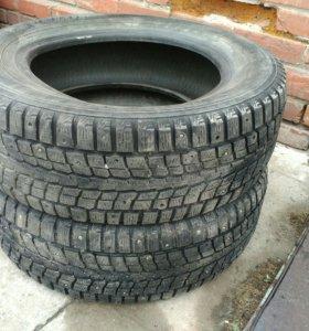 Продам две шины R16 Dunlop SP Winter ICE 01