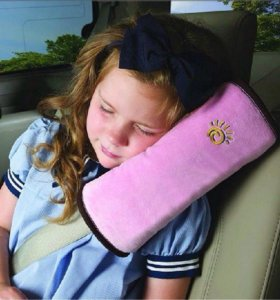 Подушка для сна в машину