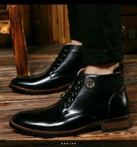 Мужские ботинки, кожаные, новые. 42Р.