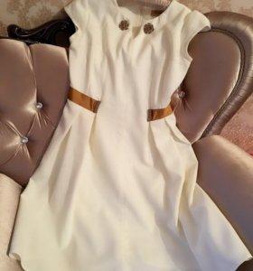 Нарядное,нежное платье