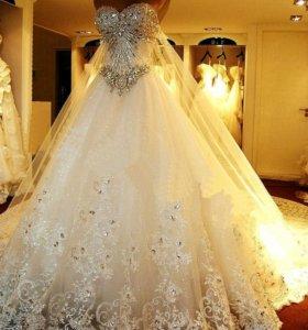 Отпаривание свадебных платьев, фат и костюмов