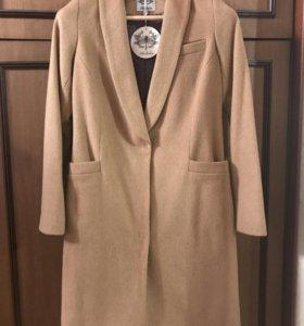 Бежевое пальто Libellulas,100% шерсть, размер xs-s
