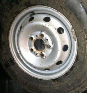 215 70 15С Bridgestone 1шт новое