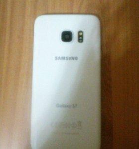 Телефон Galaxy s7