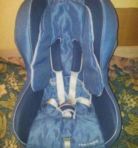 Детское авто кресло. 9-18 кг.