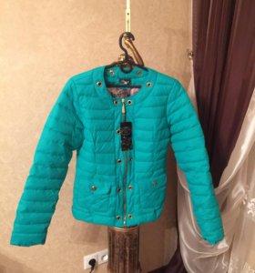 Куртка новая осеняя