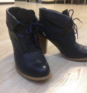 Ботильоны на шнуровке