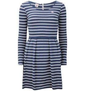 Платье Lacoste размер XS