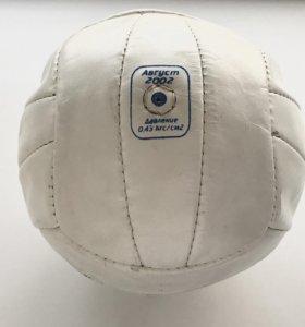 Мяч из натуральной кожи для волейбола