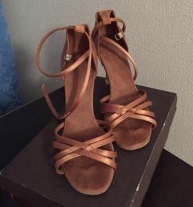 Танцевальные туфли Grishko