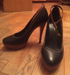 Туфли женские чёрные, кожа