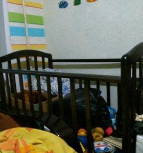 Продам детскую кроватку 0-4 лет