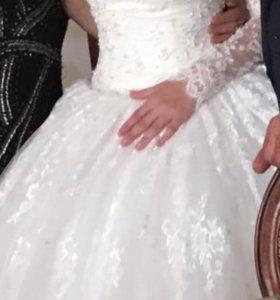 Продаю роскошное свадебное платье