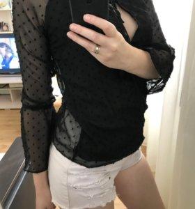 Чёрная шифоновая блуза в горошек