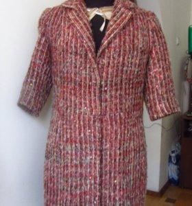 Элегантное демисезон пальто из ткани Шанель, букле
