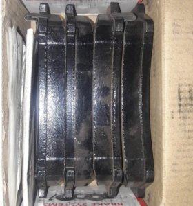 Передние тормозные колодки BREMBO P 49 039 Mazda 6