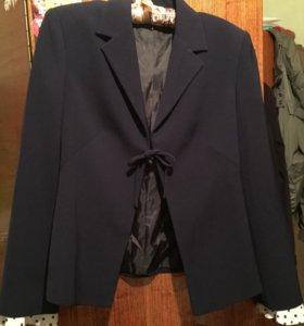 новый костюм пиджак с юбкой