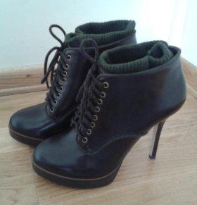 Ботинки (ботильоны) Bershka