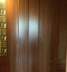 Шкаф в прихожую/холл