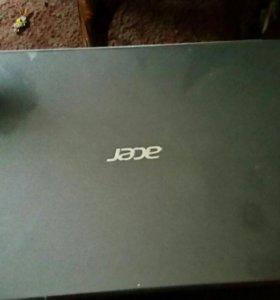 Ноутбук Acer.