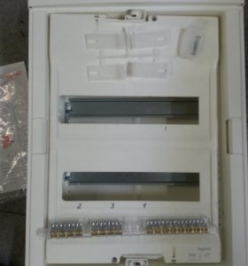 Шкав встраеваемый для автоматов Legrand 01412