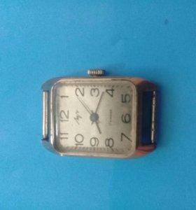 Продаю позолоченные часы Луч СССР