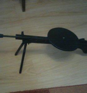 Деревянный макет пулемета Дегтярева