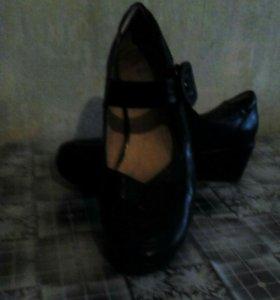 Туфли женские кожа 39 размер