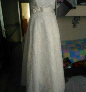 Платье свадебное + подарок