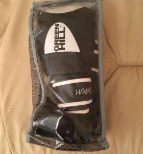 Боксёрские перчатки Green HILL