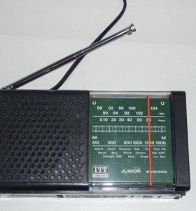 Радиоприёмник ITT junior