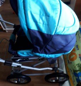 Коляска с сумкой и дождевиком