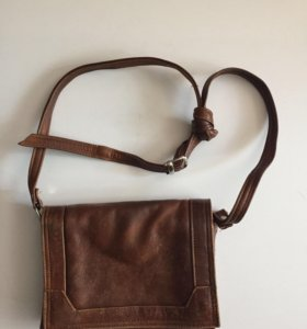 Маленькая сумка кожа 21х16см длинный ремешок