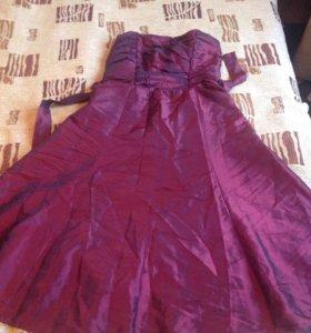 Платье 46 размера бу