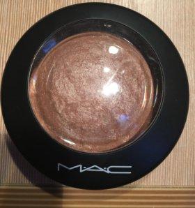 Перламутровая пудра MAC Mineralize Skinfinish