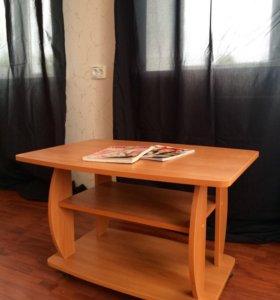 Журнальный столик, стол