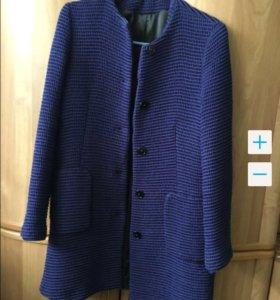 Пальто Zara в отличном состоянии